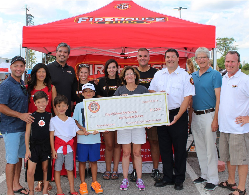 $10,000 FIREHOUSE SUBS PUBLIC SAFETY FOUNDATION OF CANADA GRANT FUELS OSHAWA FIRE SERVICES JUNIOR FIREFIGHTER PROGRAM